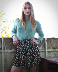 Sofia Starstrukk - Carlings Top, Carlings Skirt - Mint