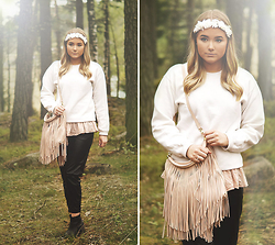 Fanny Lindblad - H&M Flower Crown, H&M Fringe Bag, H&M Pants - I't always you