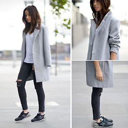 Friend in Fashion * - Oversized, J Brand Mercy, New Balance Trainers - NORMCORE