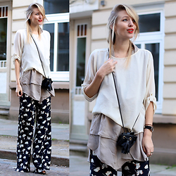 Leonie Hanne - Palazzo Pants, Mini Bag, Mules, Bluse, Dress - Printed Palazzos | ohhcouture.com