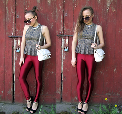 Karina Małecka - River Island Pants - Dark red disco Pants