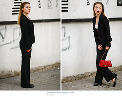 Katarzyna Gorlej - Stradivarius Jacket, Atmosphere Pants - LIBERATION