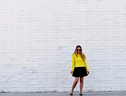 Tania F. - Banana Lemon, Gap Sweater, Gap Pointy Flats - Black and Yellow