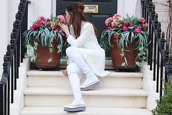 Ajlina Lina Matluma - Missguided Royal In White, Zoe Karssen Royal In White, Converse Royal In White - Royal in White