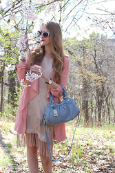 Natalie A - Waterfall Trench Coat, Urban Outfitters Fringe Dress, Marc By Jacobs Satchel, Dolce And Gabbana Almond Flowers Sunglasses, Daniel Wellington St Andrews Lady Watch - Sakura in High Park