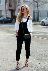 Irina Tschatchina -  - Dungarees and off shoulder blouse