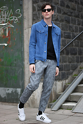 Tobias Sikström - Reiss Suede Jacket, Clubs And Spades Black Knit, Filippa K Cotton Print Trousers, Adidas Sneakers - Blue