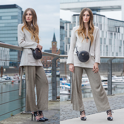 Lisa Fiege - Aigner Bag, H&M Shirt, Zara Pants, Justfab Shoes - Nudes