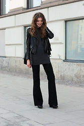 Isabella Loof - Acne Studios Leather Jacket, Whyred Knit, Filippa K Flare Slacks, Acne Studios Shoes - Fade Away/Susanne Sundfør