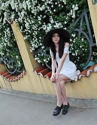 Mirela Scheul - H&M Hat, H&M Dress Shoes, Bershka Bsk Boat Neck Dress - Spring