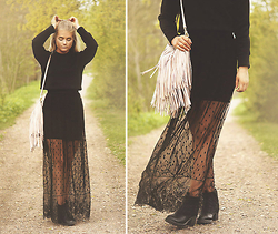 Fanny Lindblad - Skirt(Dress), H&M Bag, Romwe Sweater - Lace maxi