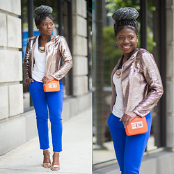 Niké - Forever 21 Pants, Target Tank, L'agence Blazer, H&M Purse - In Gold I trust