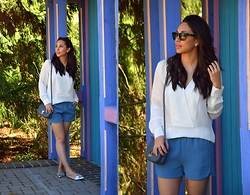 Melissa De Leon - Westward Leaning Sunglasses, Theory White Blouse, J. Crew Jogging Short, J. Crew Silver D'orsay Flat, Jennifer Nicole Collection Crossbody - Jennifer Nicole Collection
