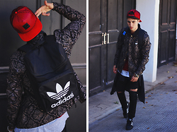 Ayoub Mani - Jacket Tfkdlf, Cap Givenchy, Bag Adidas, Jea,S April 77, Top Adidas, Shoes Adidas Superstar - UGLY BOY