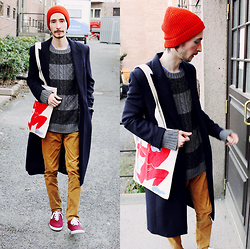 Morris S - H&M Beanie, H&M Coat, Cubus Sweater, H&M Corduroy Pants, Roots Sneakers, Fountain Of Youth Monkey Tote - Fountain of Youth