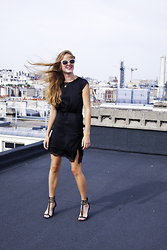 Mina T - Zara Heels With Chains, Zara Lace Dress, Zara 70ies Glasses, Marc By Jacobs Pendant Necklace - This is Paris!