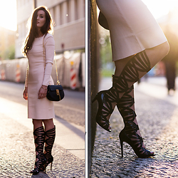 Anouska Proetta Brandon - Reiss Dress, Guess? Gladiators, Chloe Bag - Backlit in Berlin