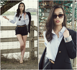 Sophie C - Zara High Waisted Shorts, Zara Navy Blazer, Tommy Hilfiger Stripped Blouse, H&M Sunglasses, Christian Louboutin Pumps - Under the bridge
