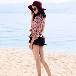 Jeschel Apo - Forever 21 Top, Loveculture Shorts, Sunniesstudios Sunnies - Sweet escape