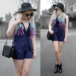 Sammi Jackson - Znu V Neck Playsuit, Oasap Quilted Bag, Topshop Alexy Boots - BLUE PLAYSUIT