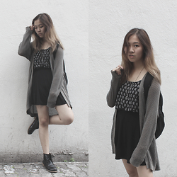 Viwern W - Cotton On Knitted Cardigan, Cotton On Paisley Print Tank, Cotton On Black Skater Skirt, Nike Backpack - HOLLOW LIKE THE BOTTLES THAT WE DRAIN