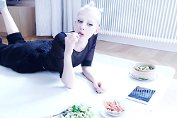 JENNY MUSTARD . - Video Blog Jenny Mustard, Zl By Zlism Fluffy Trousers - . vegan recipe videos .