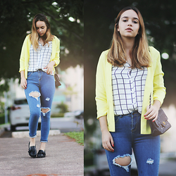 Ana Luísa Braun - Elite99 Jeans, Tomtop Shirt, Tomtop Blazer - Jeans and yellow