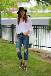 Alexis Kelly - Boyfriend Jeans, Kate Spade White Leather Purse, Target Hat, Target Sandals - Boyfriend Jeans.