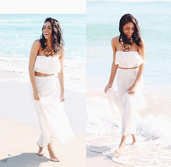 Karla Quinones - Zara Ruffles Crop Top, Billabong Hidden Bloom Skirt - Wander endlessly, Live deeply, this is your journey
