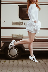 Kasia Cieślik - Zara Dress, Adidas Superstar - Go Drown The Colors Of Our Minds And Watch The Cars Go