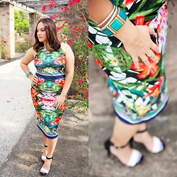 Alice Hernandez - New York & Company Print Dress, Mossimo Colorblock Heels, Francesca's Jewelry - Tropical Twist
