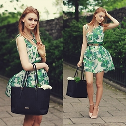 Katarzyna KOKA Konderak - Oasap Dress, Heels, Bag, Hair - Flowers.
