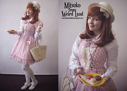 Mitsuko † from Weird Land - Innocent World Chiffon Dress, Fanplusfriends Straw Hat, Anna House White Shirt, Bodyline Shoes With Bow - Do you want some macarons?
