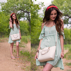 Shelly Stuckman - Others Follow Cold Shoulder Dress, Coach Prairie Satchel, Not Rated Mariachi Tan, Kristin Perry Dupioni Silk Knot Headband, Puravida Bracelets Golden Coast Pack - Minty Fresh