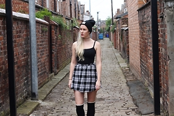 Susan Dollparts - I Sunk Your Battleship Beanie, Forever 21 Basic Shirt, New Look Plaid Mini Skirt - Streets