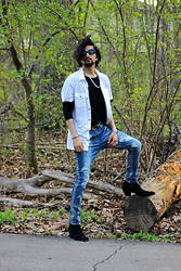 Tah ∆li - Calvin Klein White Shirt, Ideal Lover Distressed Jeans, Mute Suede Kill Heel Boots - Luthers depressive demon