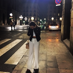Ana Teodora Ion - Zara White High Waisted Trousers, Dolce & Gabbana Miss Sicily Medium Bag, Stella Mccartney White Cropped Top - Classics B&W