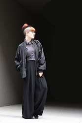 Kaj Lydia - Zara Palazzo Trousers, Vintage Bomberjacket, New Look Striped Shirt - Palazzo Trousers