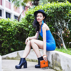 Ren Rong - We Love Colors Turquoise Mini Dress, Steve Madden Bag, Rubi Platform Boots - We Love Turquoise