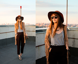 Nastia Poberezhna - Stradivarius Brown Fedora Hat, New Look Shoulder Bag, Pull & Bear Sunglasses, Accessorize Necklace - Sunset on the Roof