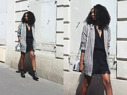 Stephanie C - New Look Blazer, Nelly Playsuit - JEUX D'OMBRES