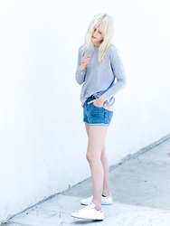 Rima Vaidila - The Fifth Label Grey Loose Knit Tee, The Fifth Label Denim Shorts - Simpler is best
