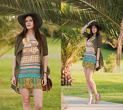 Viktoriya Sener - Sheinside Jacket, Sheinside Dress, H&M Bag, Catarzi Hat, Zara Sandals - JUNGLES ARE CALLING
