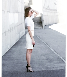Katarina Vidd - All Items On My Blog - All white everything.