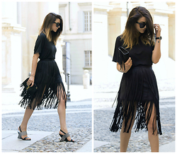 Nicoletta Reggio - Zara Skirt, French Connection Uk Shoes, Saint Laurent Bag - FRINGES