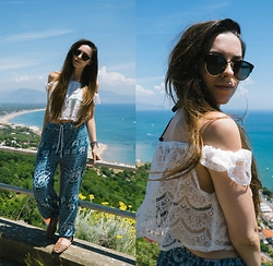 Stacey Gray Macdonald - Asos Sunglasses, Missguided White Lace Bardot Top, H&M Brown Sandals - Ciao!