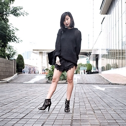 Laurent Kurniawan -  - All black err thang