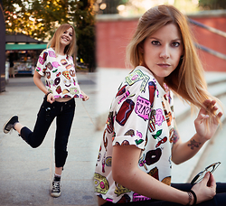 Vita Dinamita - Choies Tshirt, Topshop Pants, Converse Sneakers - Fast Food Nation