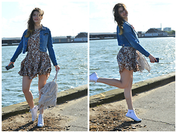 Cerasela Bortos - H&M Dress, H&M Denim Jacket, Converse Sneakers, H&M Fringed Bag - Danish Summer