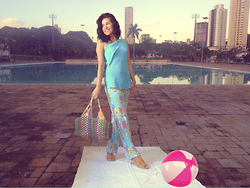 Ka Martins - Cia Marítima 70's Pants, Cervera Wedge Espadrilles, Italian Purse, Baby Blue Top - 70's Pool Party!